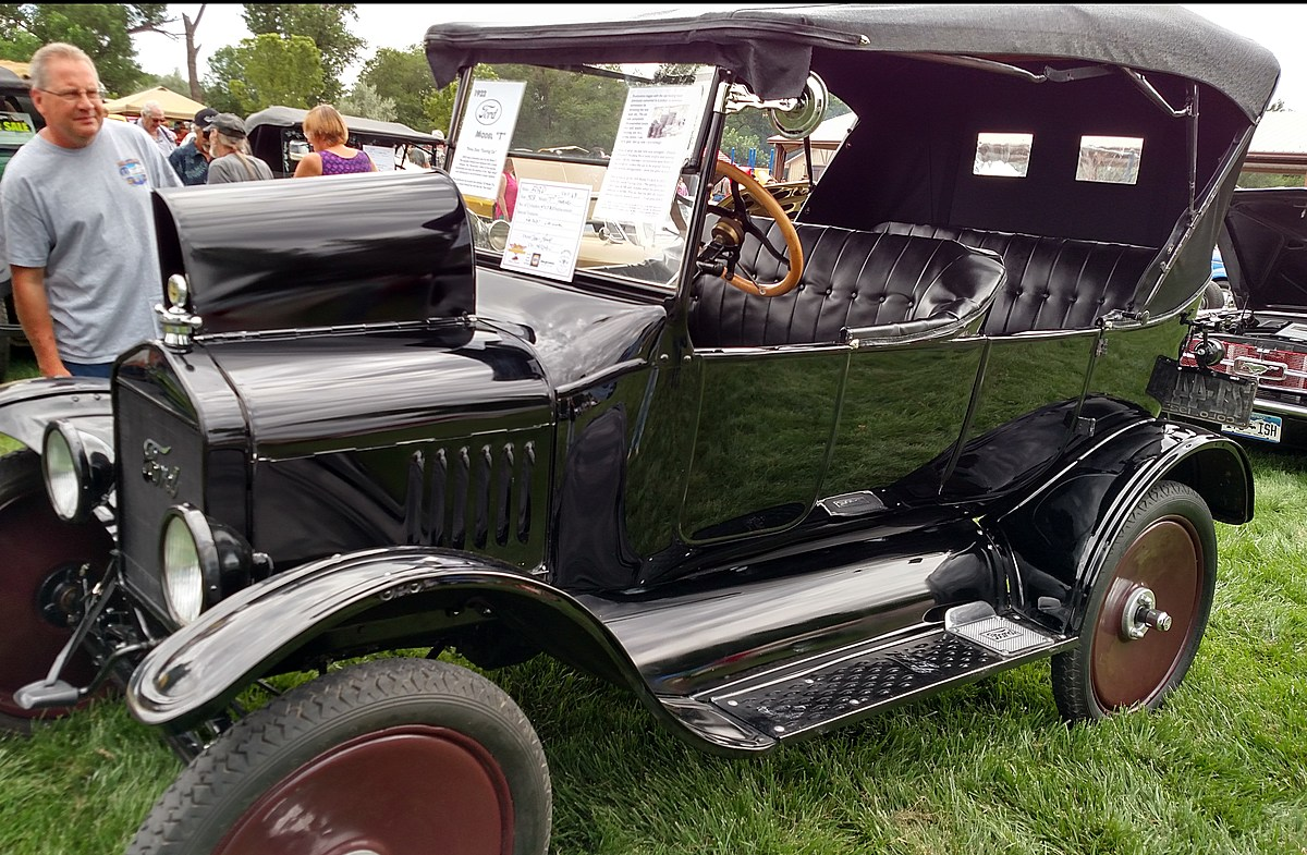 Car Show and Cruise Returns to Grand Junction Historic Site