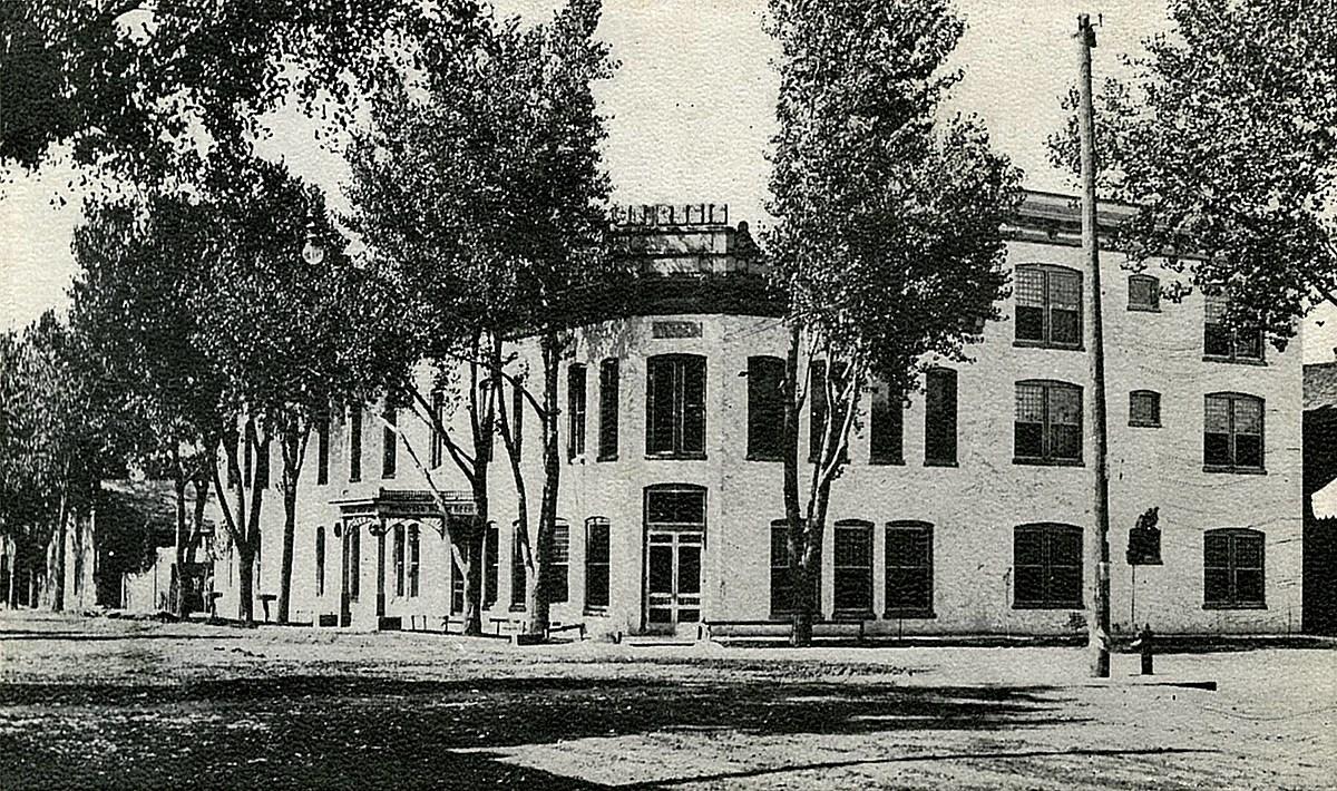 Hotel St. Regis - Grand Junction, CO - U.S. National