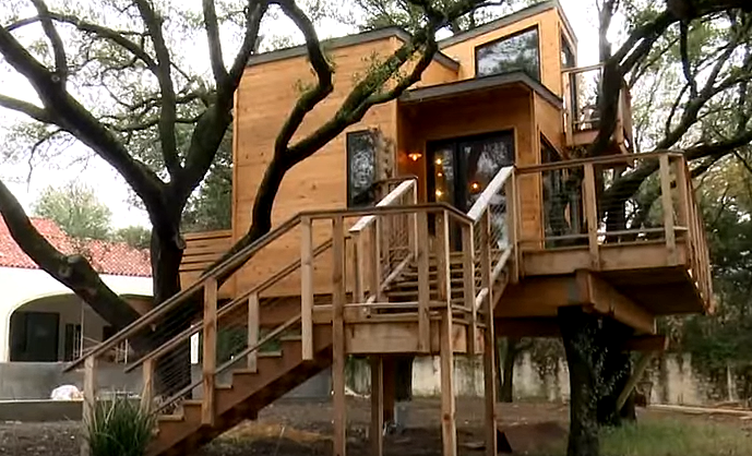 Dallas Couple Builds Ultimate Tree House