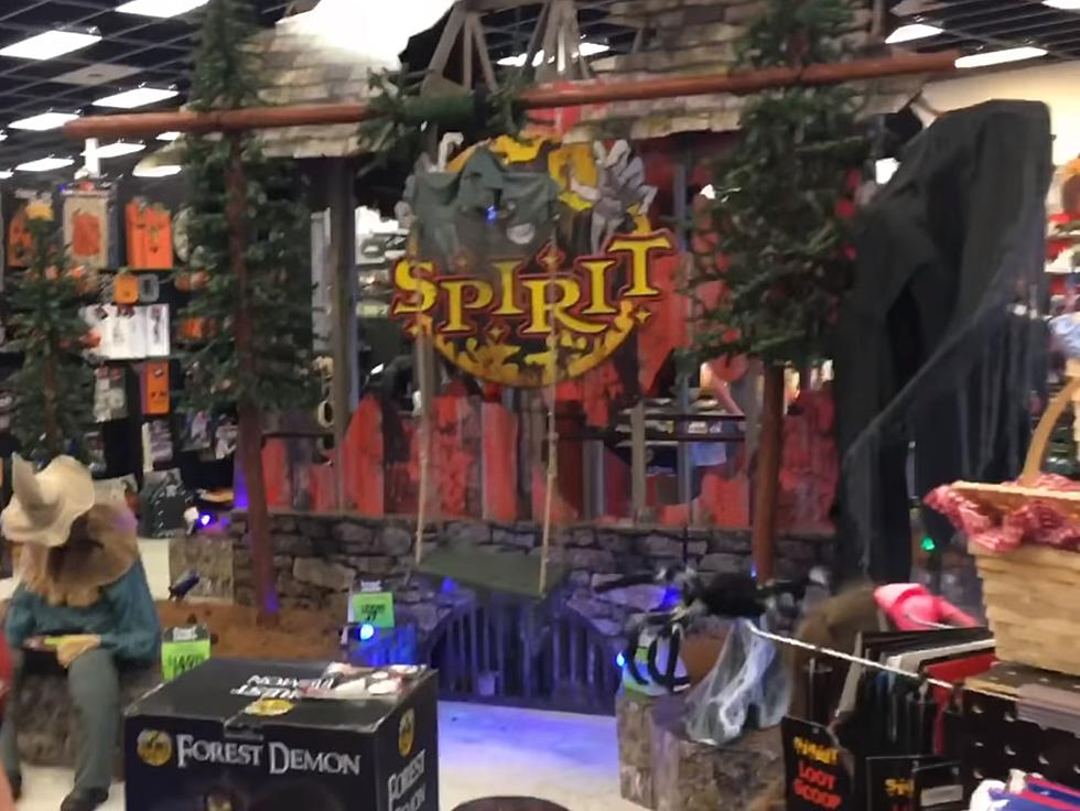 Spirit Halloween Locations 2020 Yes, Spirit Halloween Will be Open This Year