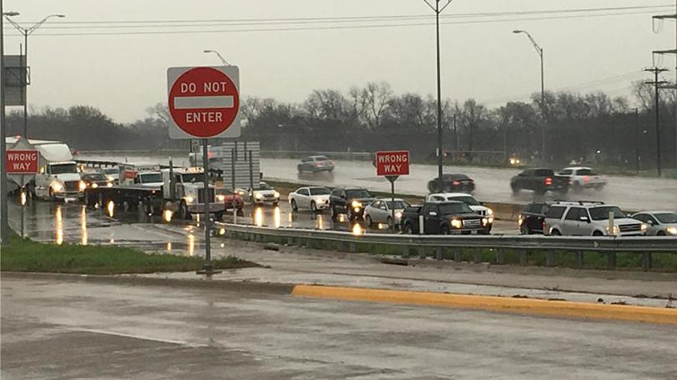 Wet Central Texas Weather Leads to Crashes on I-35