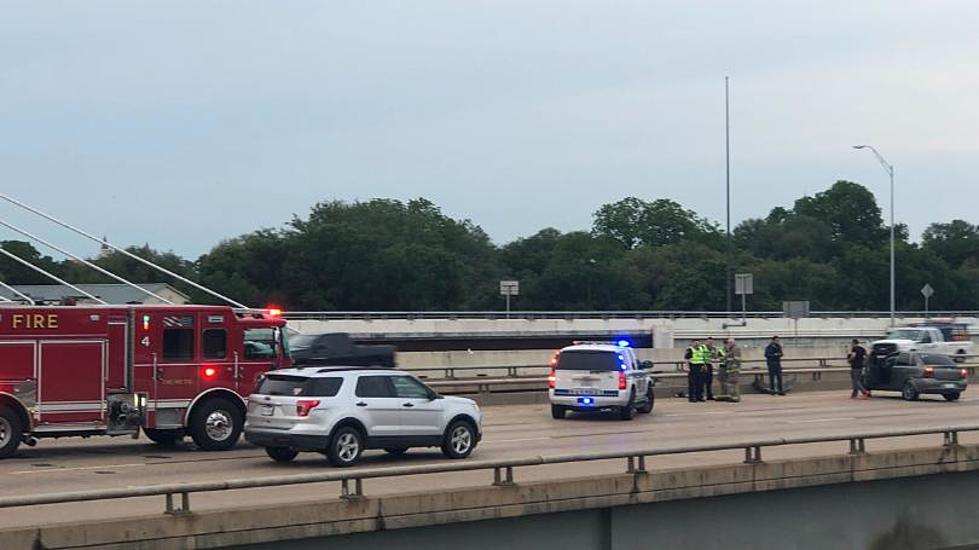 Multiple Accidents Cause A Slow Start on I-35 Thursday Morning
