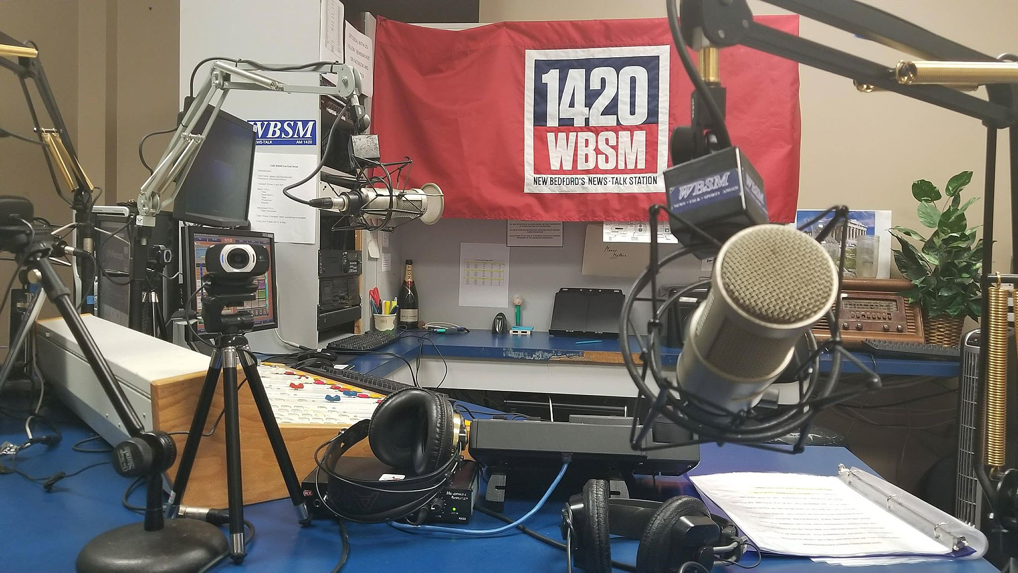 Live - 1420 WBSM