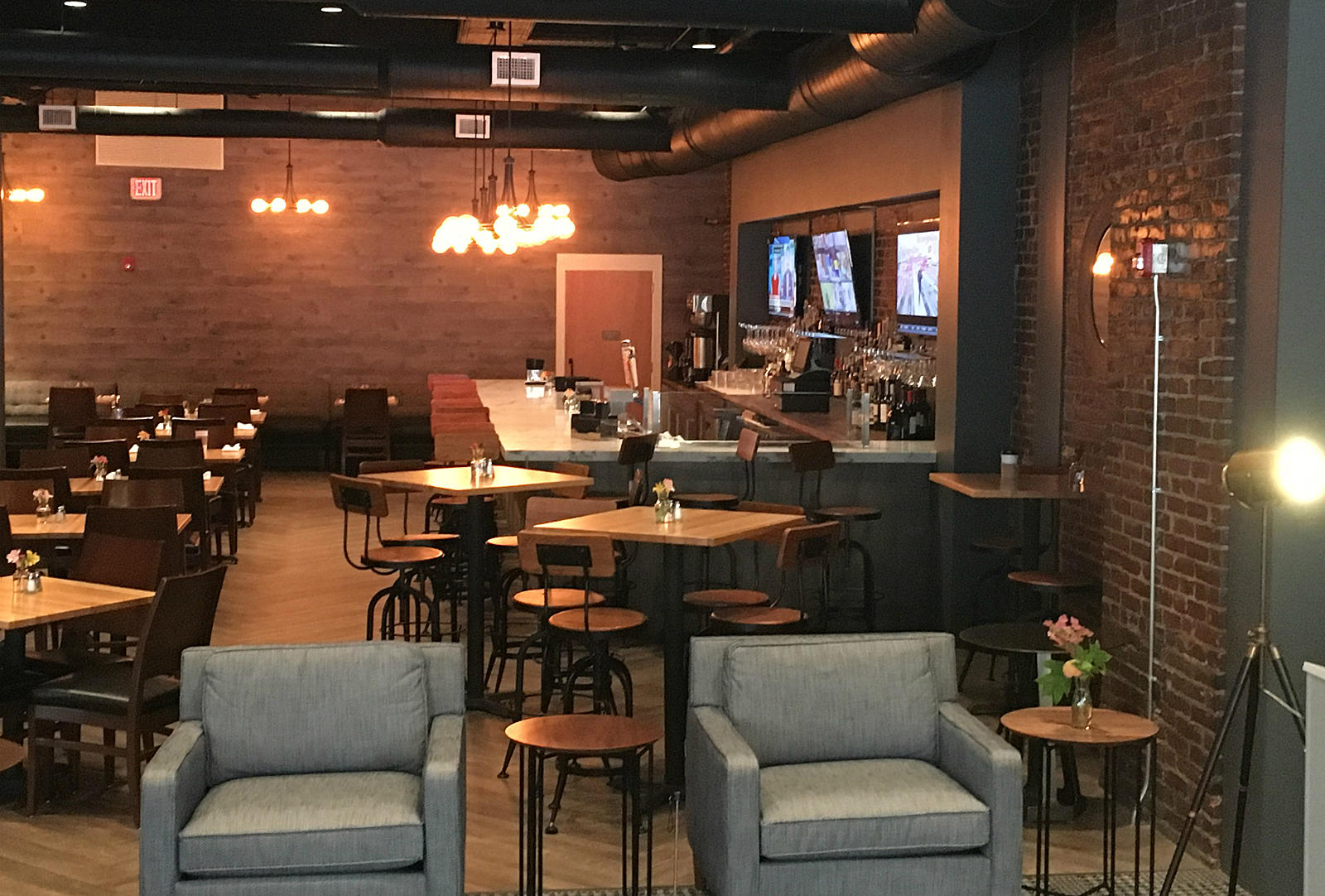 Ribbon Cutting Commemorates Opening Of New Bedford Harbor Hotel