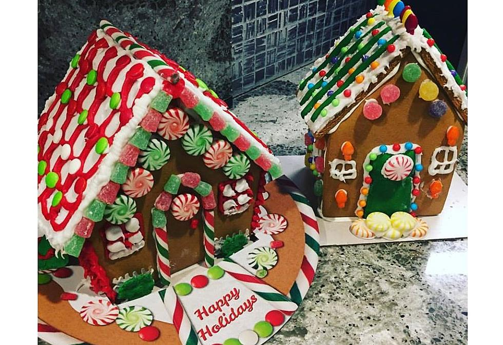 Christmas Gingerbread House.Gingerbread Houses That Are Too Cute To Eat Photos