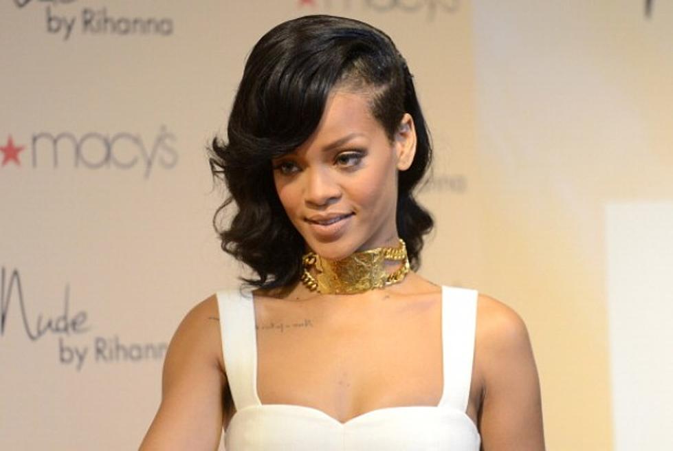 Rihanna S New Haircut For 2013
