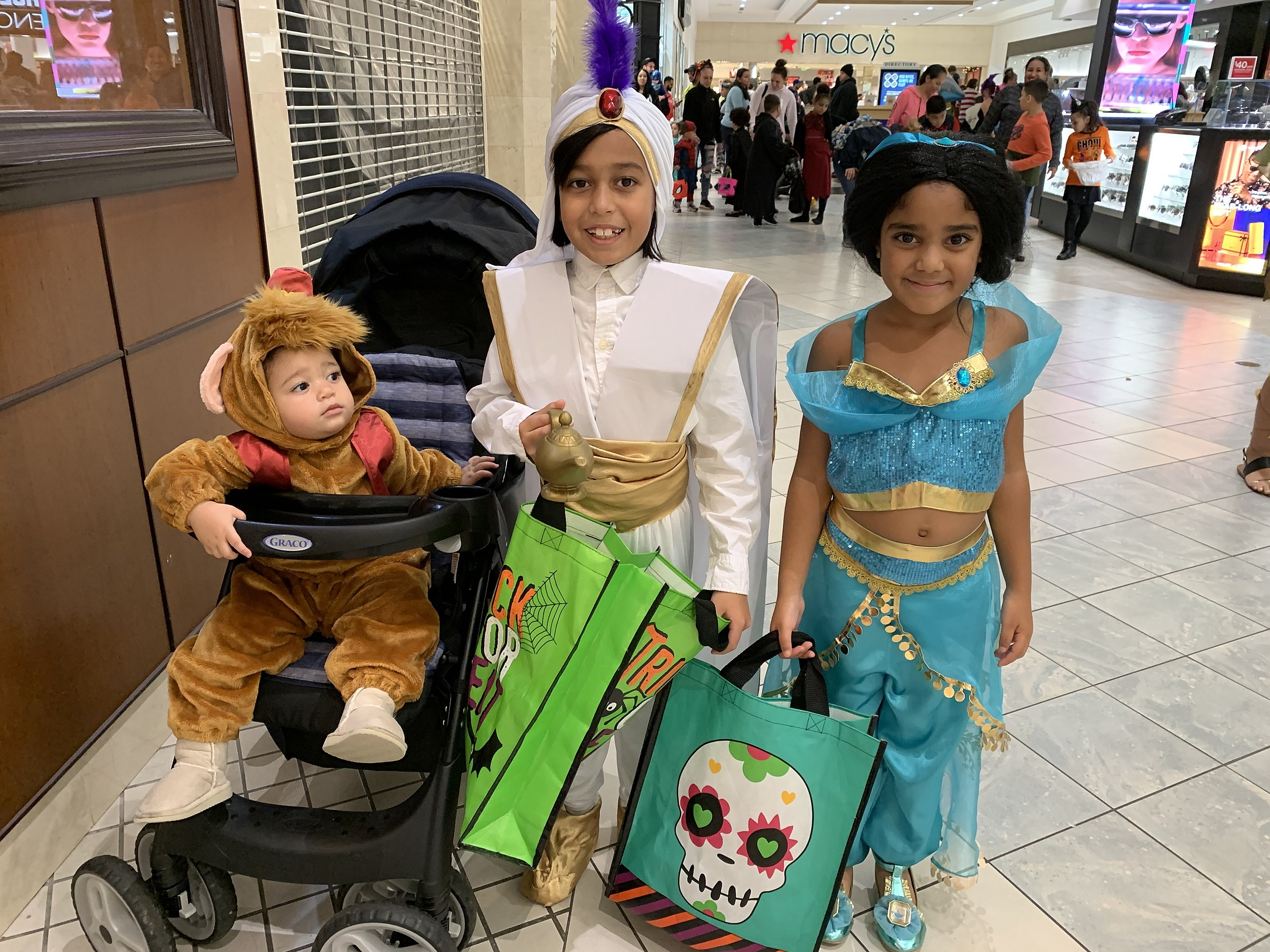 Indoor Trick Or Treating At The Dartmouth Mall Photos