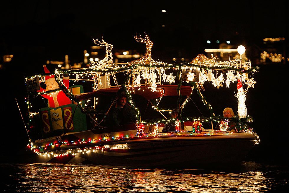 Christmas On The Black.Warrior River Tuscaloosa 2020 Tuscaloosa Christmas Afloat Lighted River Parade & Fireworks