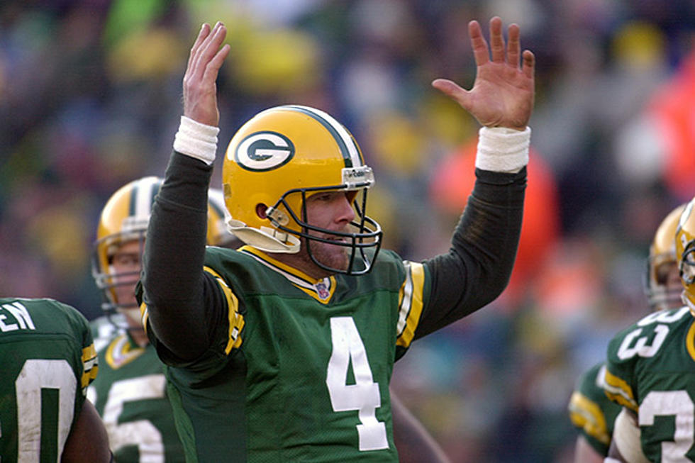 f55affa940e Packers to Retire Favre's Jersey Against Bears on Thanksgiving