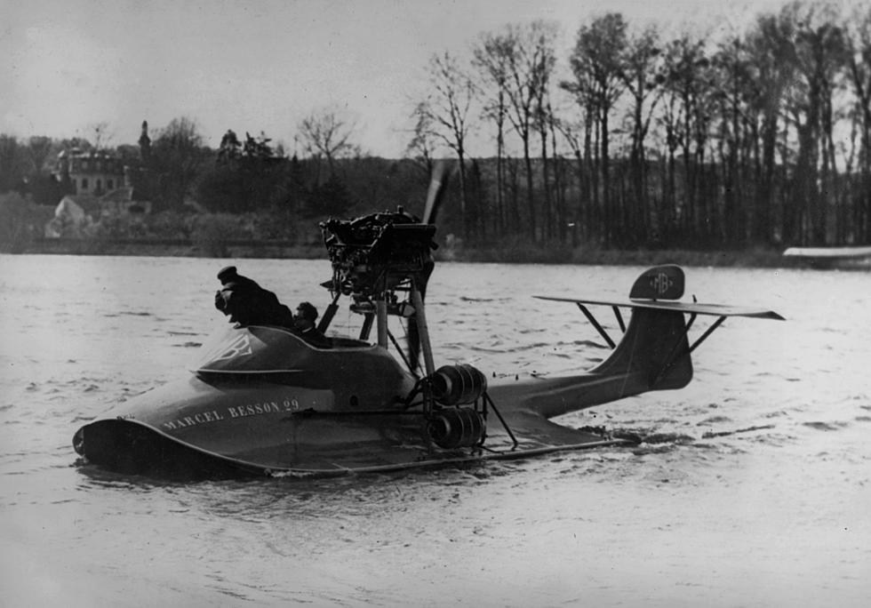 Amphibious Planes Being Built in Maine