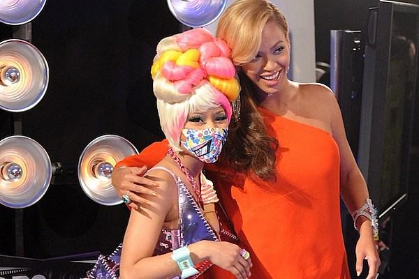 Nicki Minaj Copies Beyonce Nicki Minaj + Beyonce ...