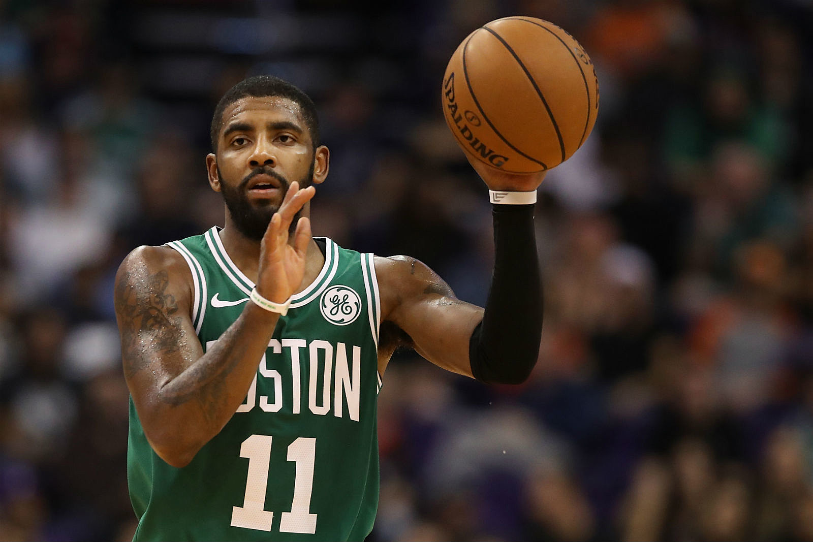 76d74b4e9 Kyrie Irving Scores 30 As Celtics Beat Lakers