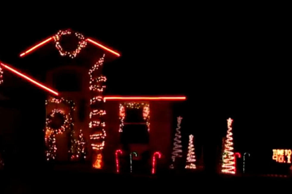 El Paso Christmas Lights.El Paso House Sets Xmas Lights To Dance Version Of Amazing Grace
