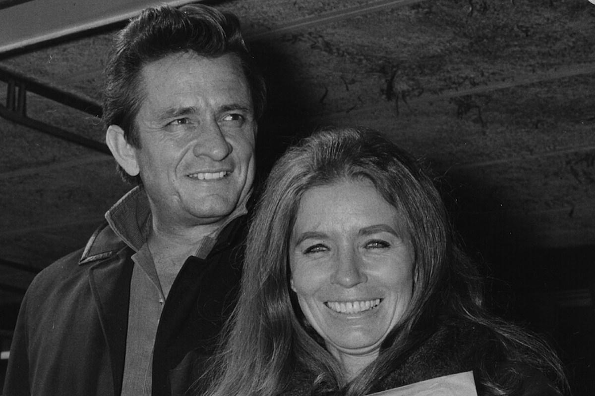 Johnny Cash + June Carter Cash -- Countrys Greatest Love