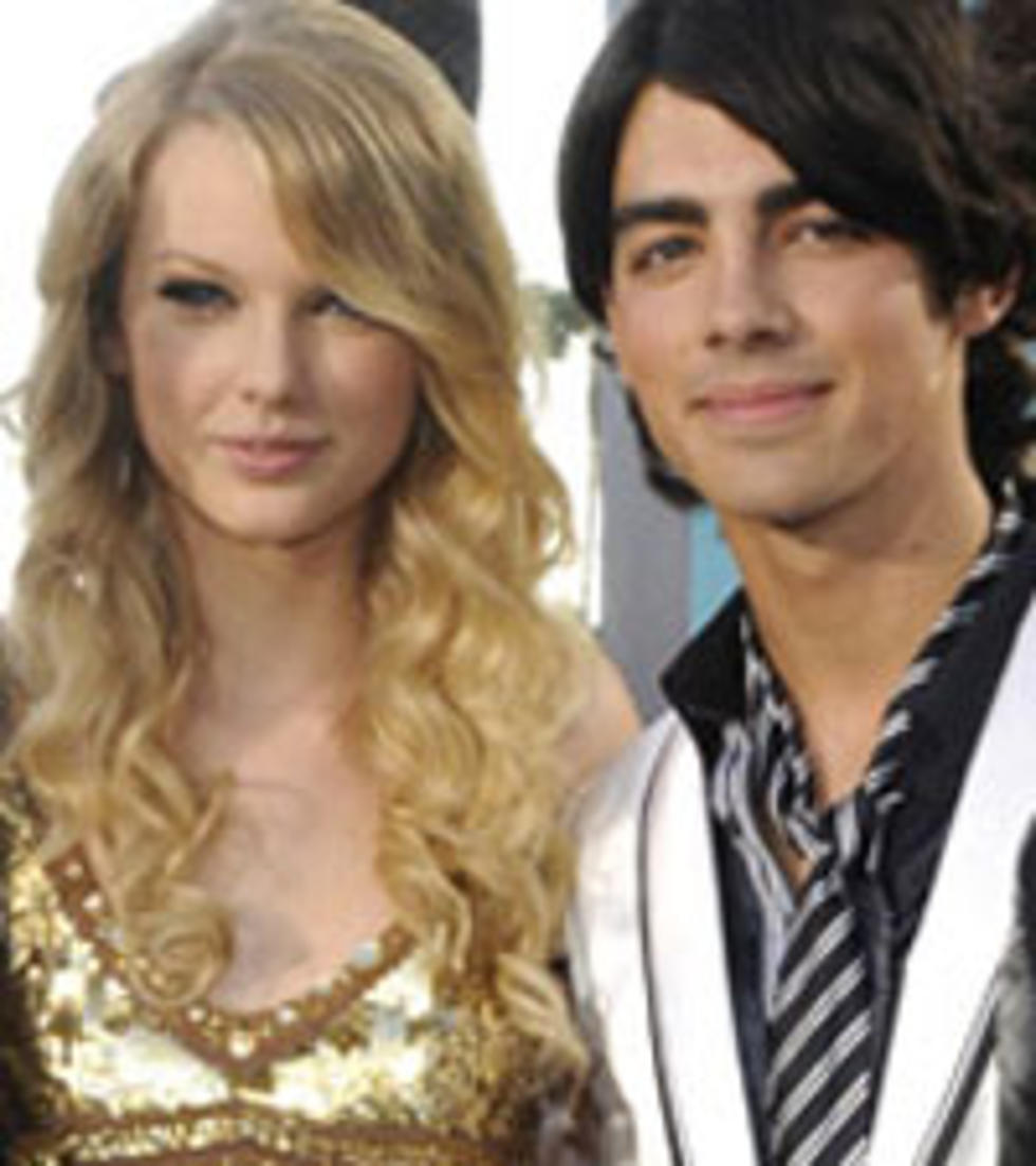 Who Is We Are Never Ever Getting Back Together About Not Joe Jonas Pop Star Insists