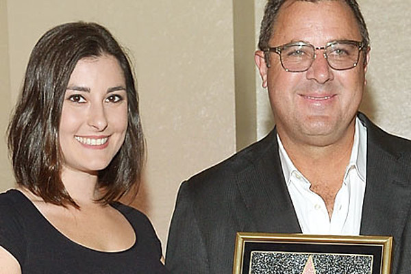 Vince Gill Daughter Jenny Duet In Special Video Watch