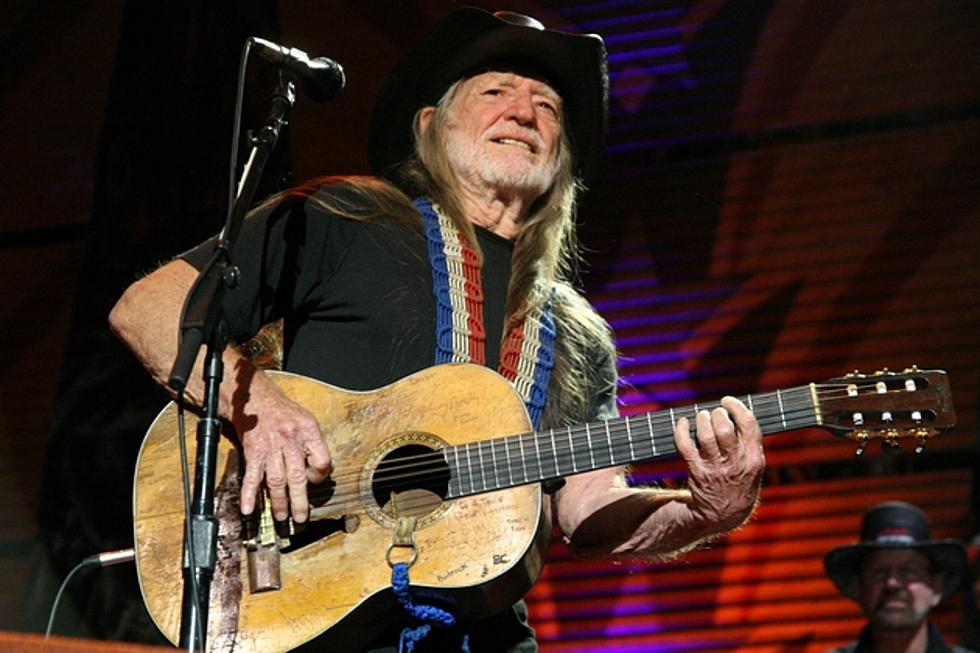 Country Music Memories: Willie Nelson Busted for Drug Possession