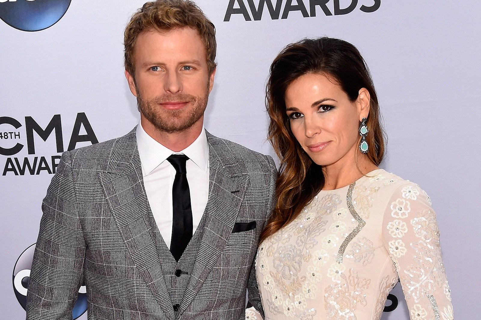 dierks bentley 'grateful' to share success with wife cassidy