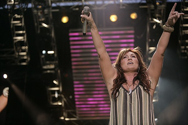 Jo Dee Messina to Sing National Anthem at NHL All-Star Game