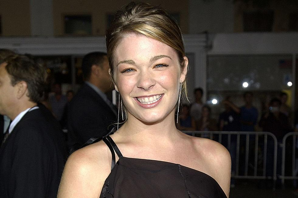 Country Music Memories: LeAnn Rimes' 'Blue' Goes Gold