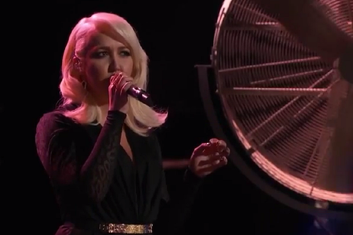 Meghan Linsey Sings 'Girl Crush' On 'The Voice' [WATCH]
