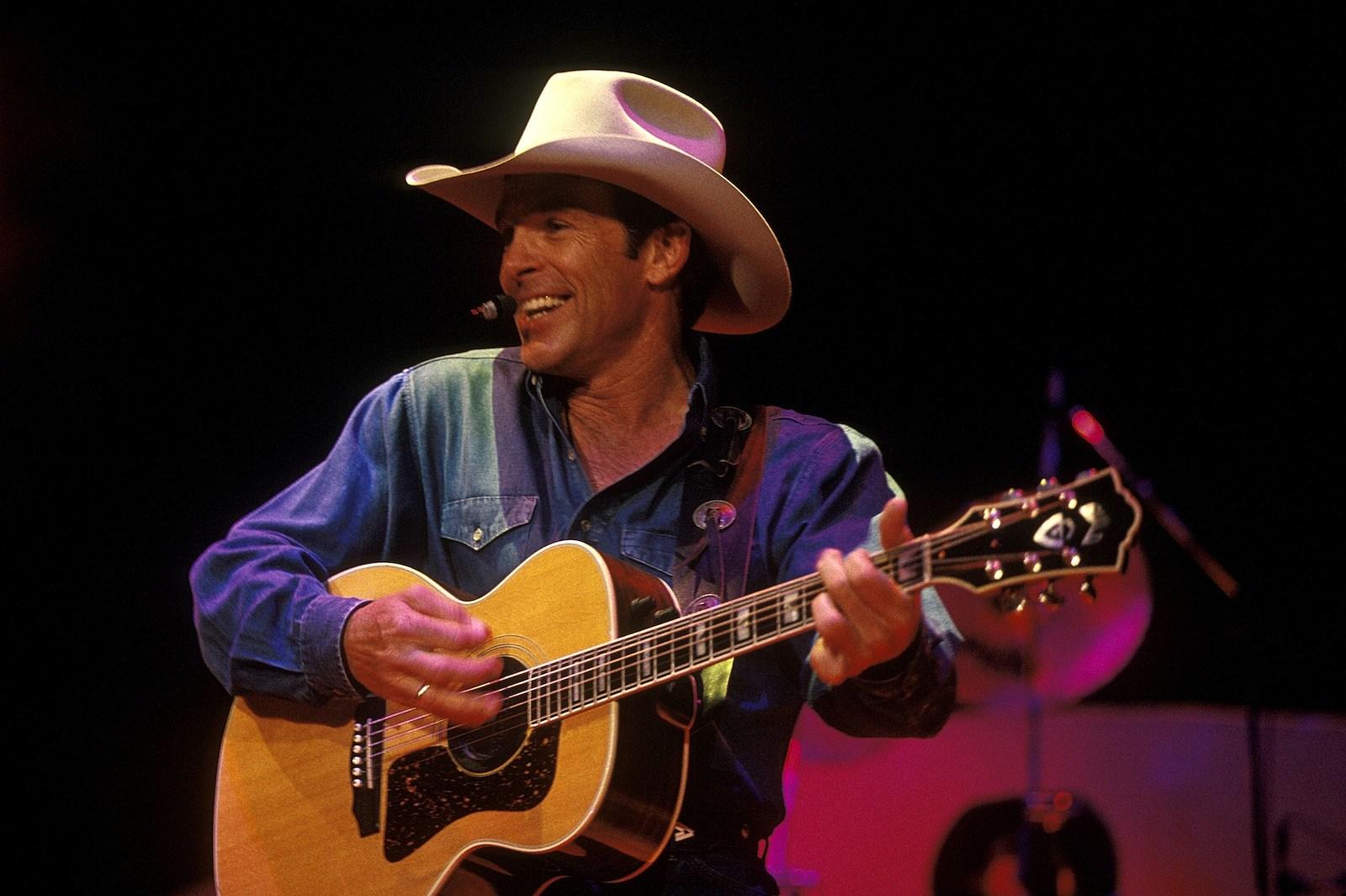 95b24429a4b9b Country Music Memories  Chris LeDoux Undergoes Liver Transplant