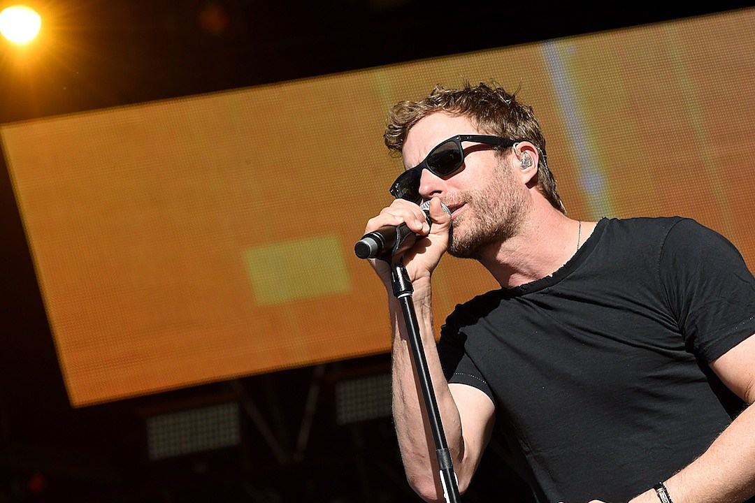 Everything We Know About Dierks Bentley S Black
