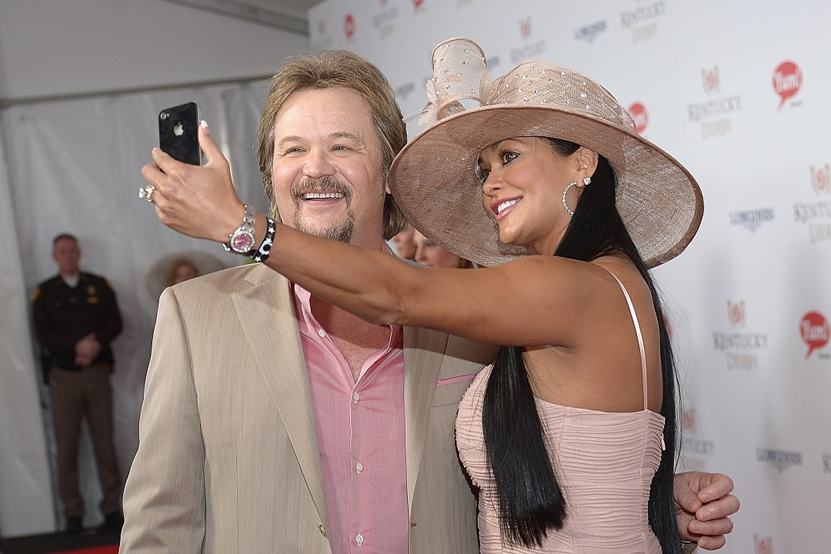 Travis Tritt + Theresa Nelson — Country's Greatest Love Stories