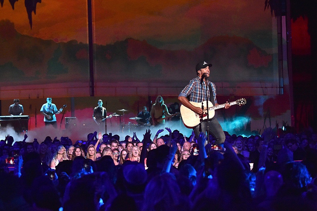 POLL: What's Your Favorite Country Song About Fall?