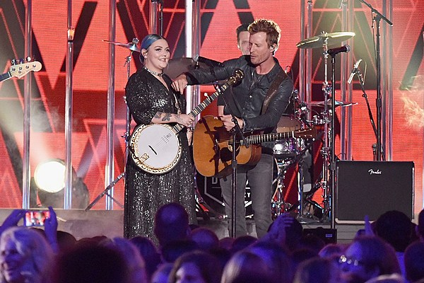 Dierks Bentley Says He's Letting 'Different for Girls' 'Do Its Own
