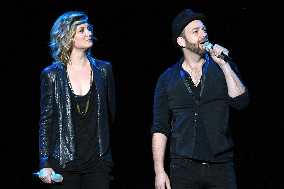 Country Music Memories: Sugarland's Stage Collapses