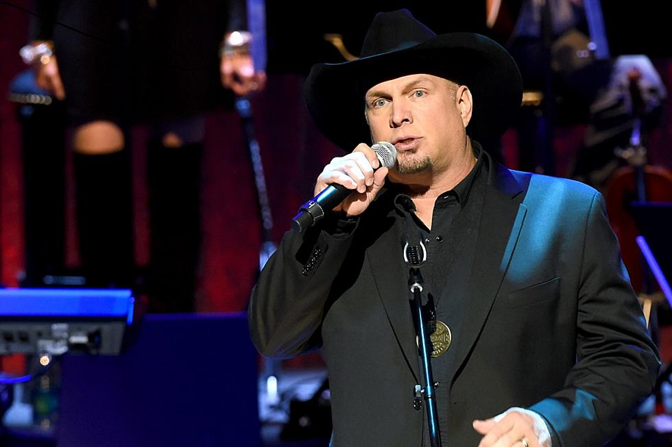 ad10da1b79fb9 Garth Brooks on Hearing His First Single on the Radio   You ll Remember  Forever