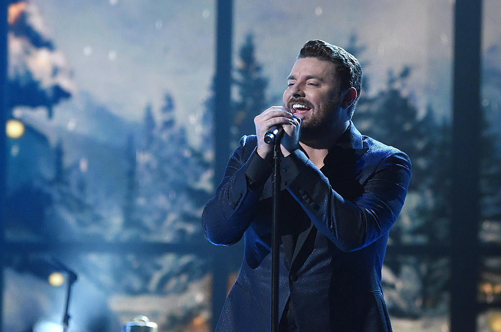 Chris Young Christmas.Chris Young Goes All Out For Christmas