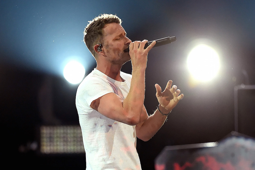 Story Behind The Song Dierks Bentley Black