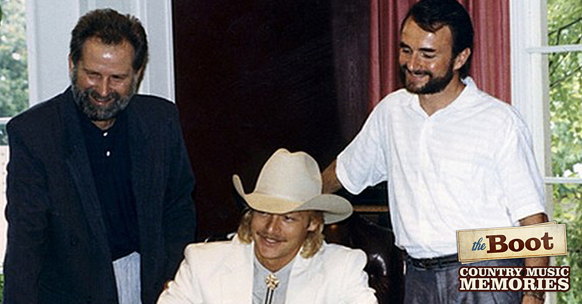 31 Years Ago: Alan Jackson Signs His First Recording Contract