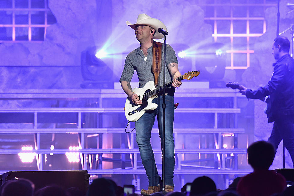 Justin Moore Raises a Glass to Heartbreak With 'On the Rocks'