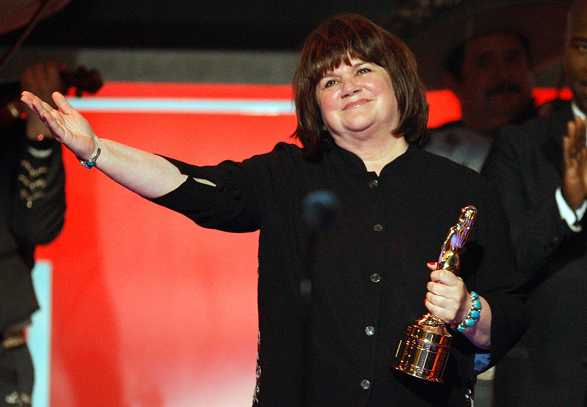 The Boot News Roundup: Linda Ronstadt Earning Kennedy Center Honor + More