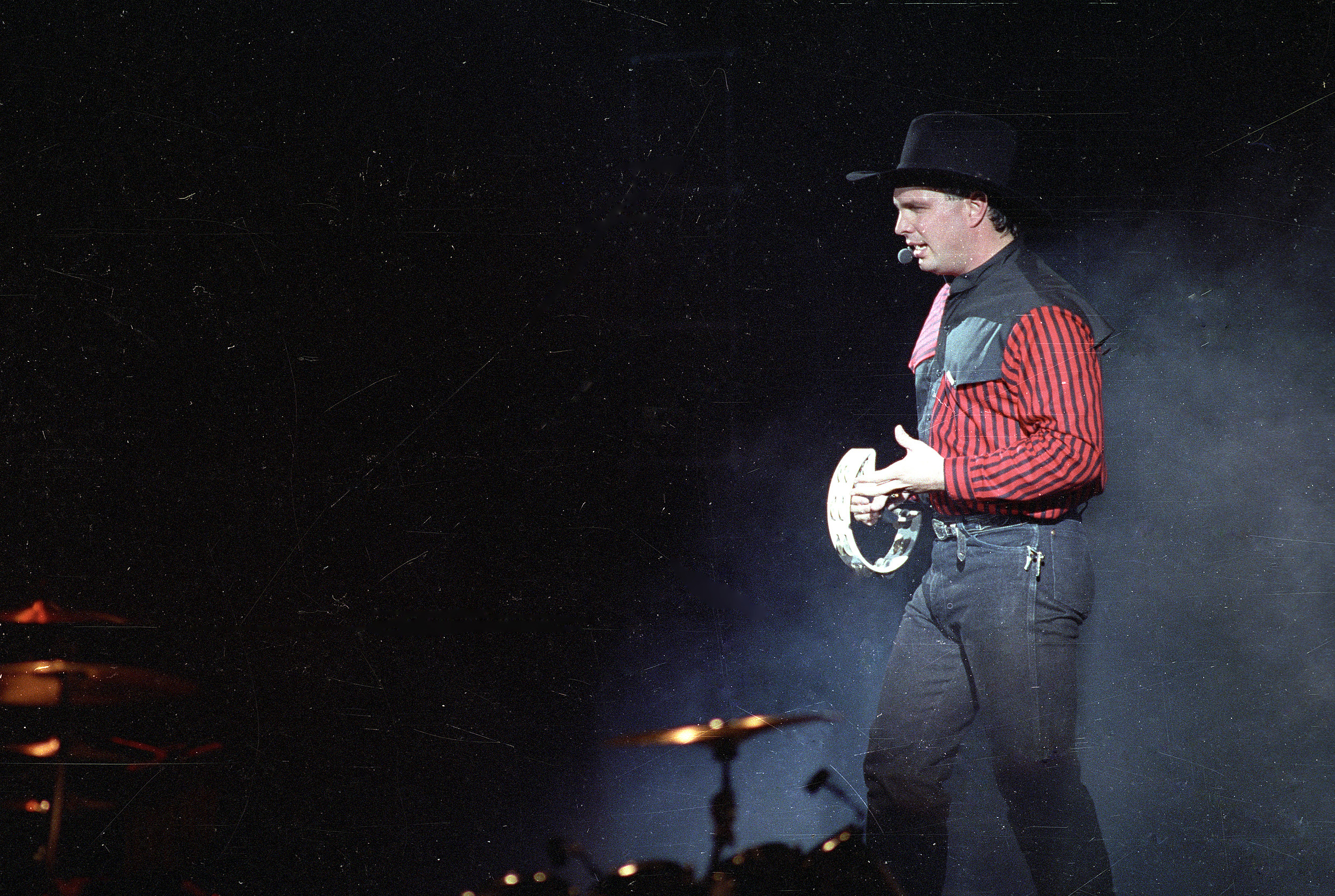 055bd263f7bb69 25 Little-Known Tidbits About Country Icon Garth Brooks