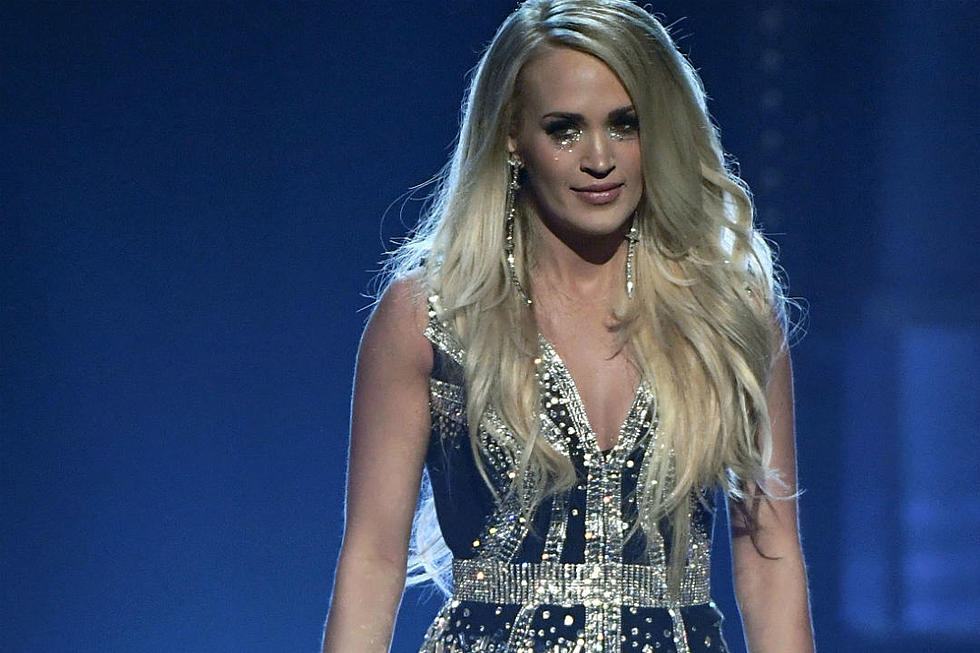 33384bba0f9 Golden Mic Awards Live Moment of the Year? Carrie's 'Comeback'