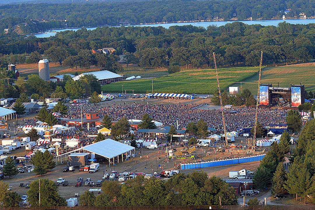 Country Thunder Announces 2016 Lineups