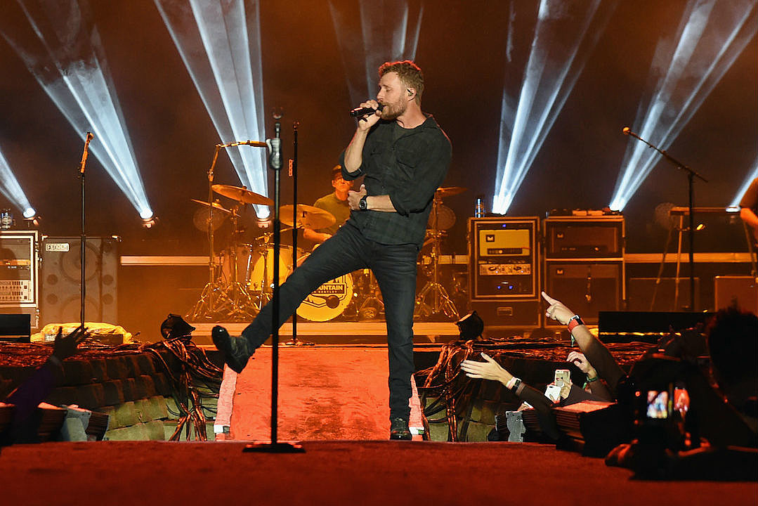 dierks bentley extends 2019 burning man tour