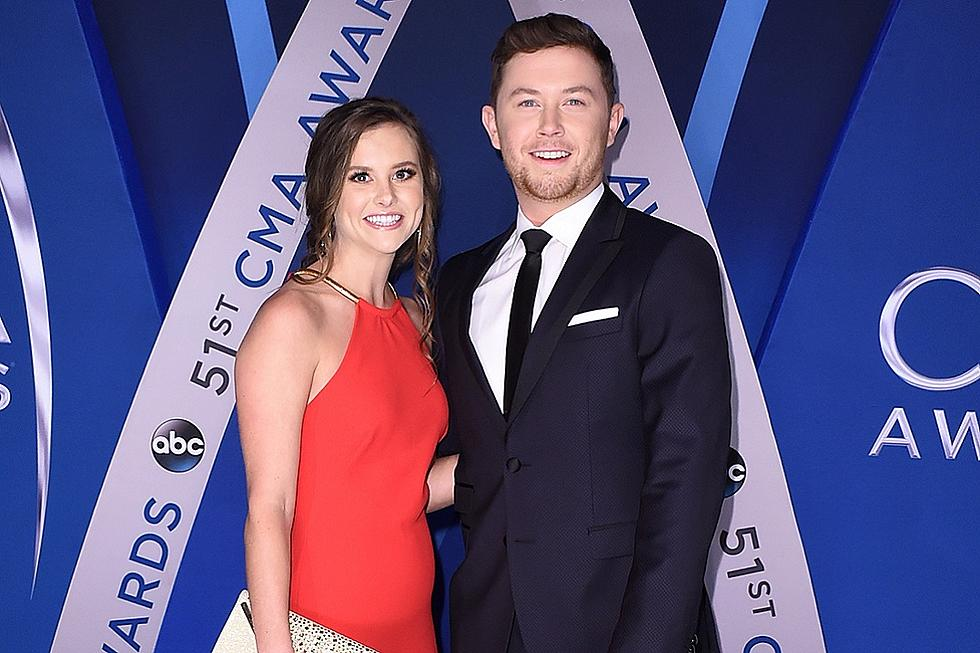 Watch Scotty McCreery's Sweet Onstage Dance With Wife Gabi