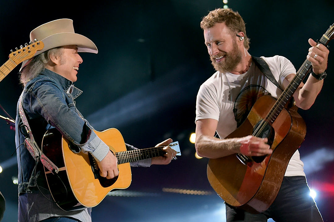 Watch Dwight Yoakam Join Dierks Bentley Onstage In La