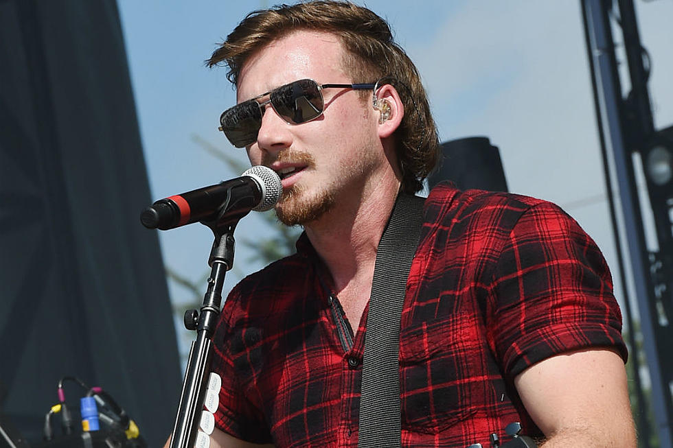 Watch Morgan Wallen's Stripped-Down Version of 'Whiskey Glasses'