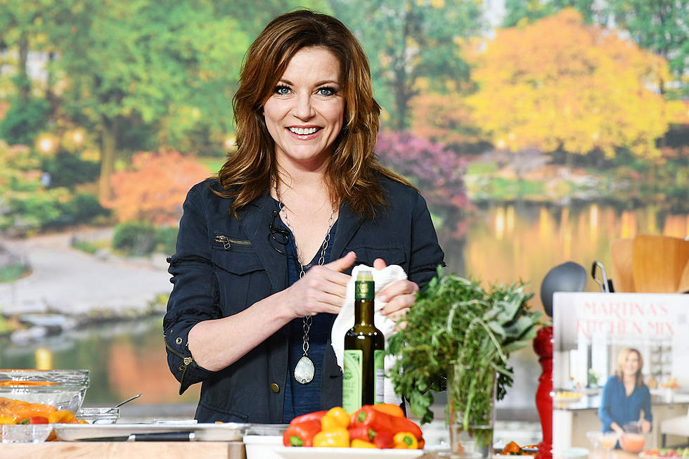 Martina McBride Shares Family Recipes in New Cookbook