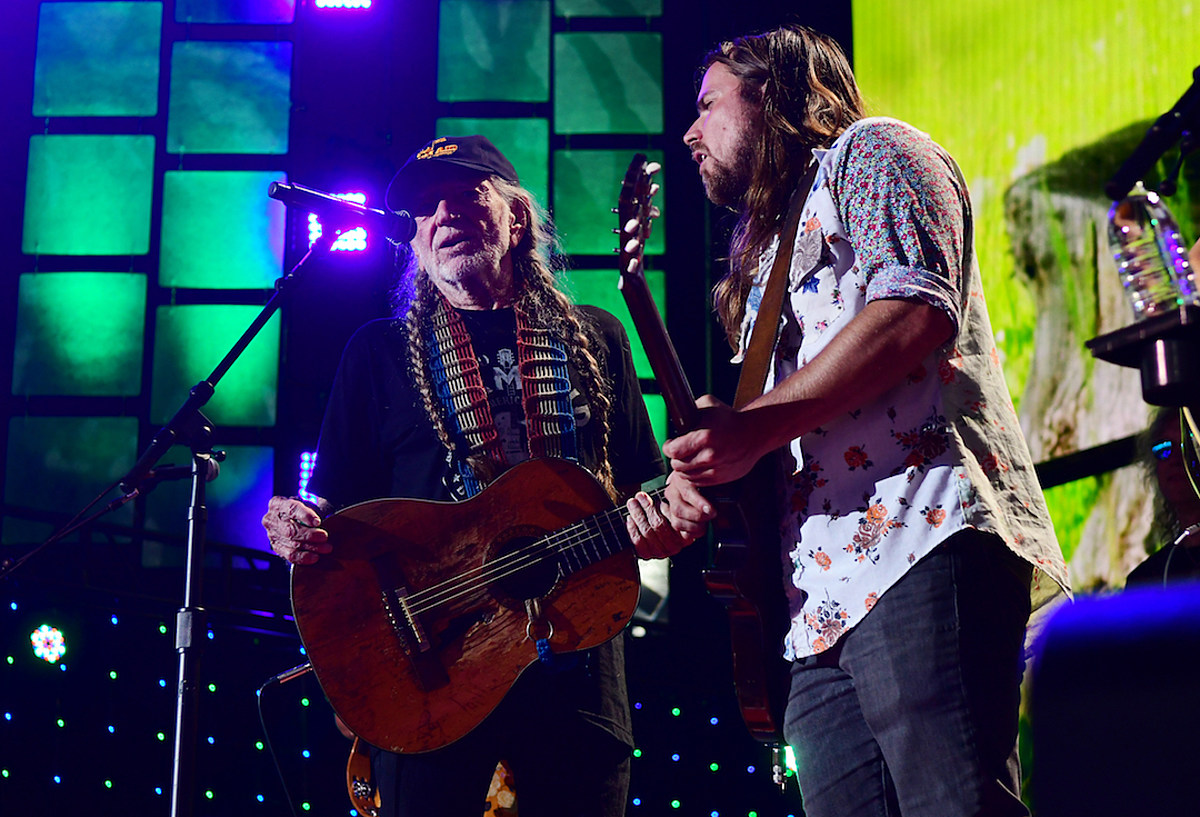 Willie Nelson Bringing Farm Aid to Wisconsin in 2019