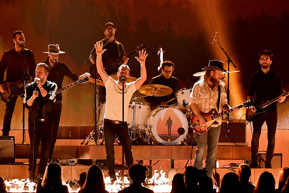 Bentley, Brothers Osborne Bring 'Burning Man' to 2018 CMA Awards