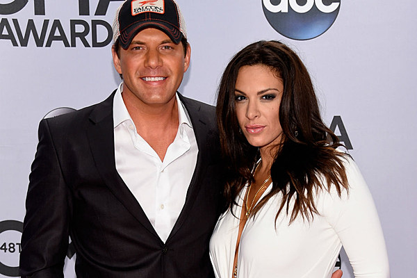 Rodney Atkins + Rose Falcon Have a Baby on the Way!