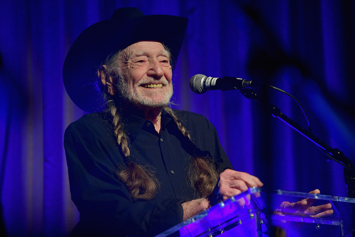Willie Nelson Cancels 2019 Tour Dates Due to Medical Issue