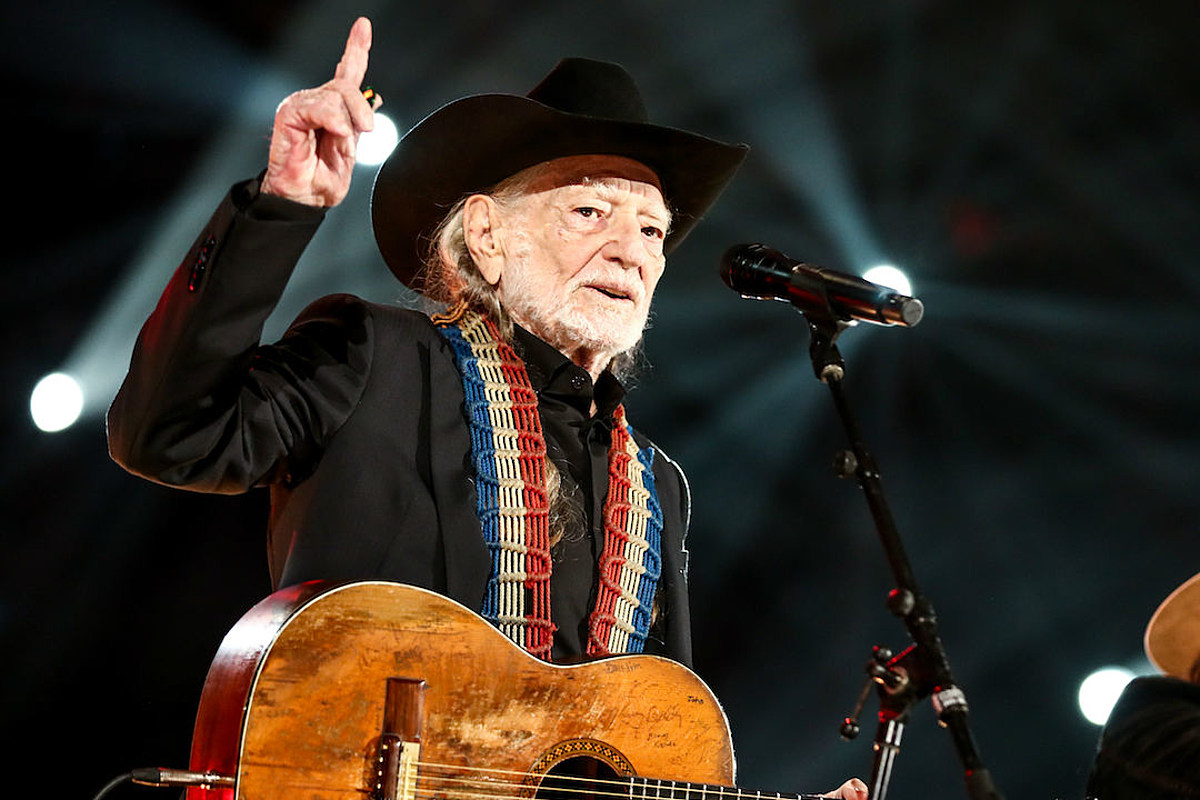 0d98db3f41 Willie Nelson's 2019 Outlaw Music Festival Tour: New Dates Added